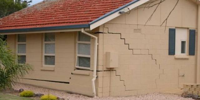 cracked-house